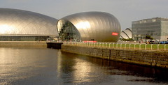 Glasgow Science Centre (Germán Vogel) Tags: uk reflection building water museum architecture modern river scotland clyde aluminum europe britain glasgow centre entrance science exhibition dome westeurope