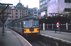 R1368.  DMU at Moorgate. 16th April,1964. (Ron Fisher) Tags: easternregion