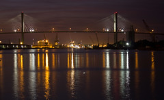 Savannah River 2 (jonasdm) Tags: city bridge usa building by night puente noche nacht edificio ciudad nat stadt savannah bro brcke gebude bygning