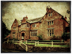 Day 206 of 366 - The Stone House! (editsbyjon) Tags: bra phototoaster distressedfx snapseed handyphoto iphoneography iphone365 iphone allesleyvillage serene building listedbuilding architecture photoborder