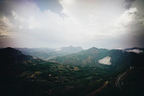 Vedo la #basilicata #caggiano #campania #igerscampania #sonyimages #sonya7 #mflenses #russar #mp2 #wide #20mm #kmz