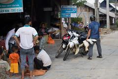 Sa Pa, Vietnam (Quench Your Eyes) Tags: asia biketour bird dao h'mong hoàngliênsonmountains laocai laocaiprovince muonghoavalley northwestvietnam sapa sapả southeastasia tay travel ttsapa vietnam vietnamese