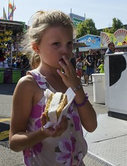 D7K_8496_ep (Eric.Parker) Tags: cne 2016 canadiannationalexhibition fair fairgrounds rides ferris merrygoround carousel toronto fairground midway6 midway funfair