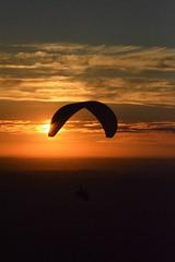 DSC_1716 (justinecharrel) Tags: sunset coucher de soleil auvergne france puydedome volcan montagne nature landscape paysage colors orange red blue sky clouds sun parapente parasailing nikon nikond3200 out