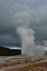Old Faithful Eruption (Vijay Narasimhan) Tags: old faithful yellowstone nationalpark