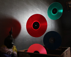 flying vinyl (Rei-okami) Tags: vinyl flying nirvana floyd green red pink blue