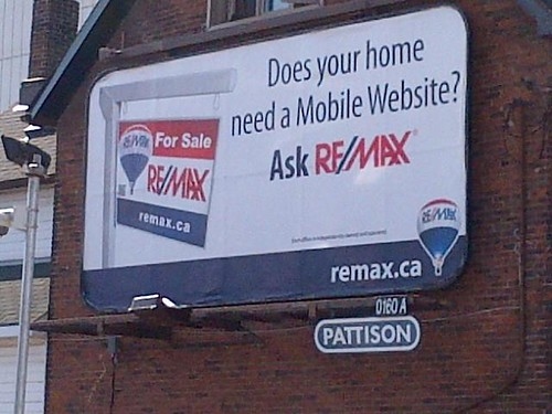 remax curbside marketing