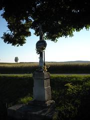 DSCN2568 (R58c) Tags: landscape countryside republic cross czech kreuz bohemia croix cechy republika krajina kriz esk stredni