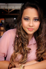 Juliani Sperandio (Pedro Almeida -) Tags: girl make canon hair rebel book 15 teen garota anos t3i