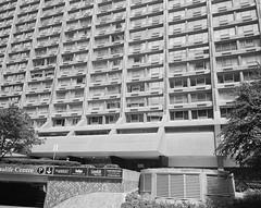 To 023a [44 Charles West] (Blagotebi) Tags: toronto architecture modernism brutalism mamiya7 btonbrut modernizm brutalizm architekturamodernistyczna