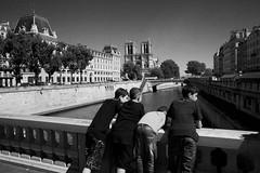 Watching the River (David's_silvershots) Tags: paris france canon 5dmarkii 5dmark2
