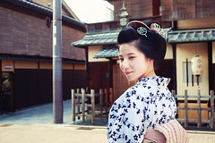 1D2N5735 (apsfactory) Tags: kyoto maiko