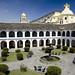 Il bellissimo patio del Monasterio di San Francisco