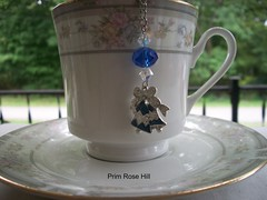 christmas bell tea (Prim*Rose*Hill) Tags: tea infuser teaball