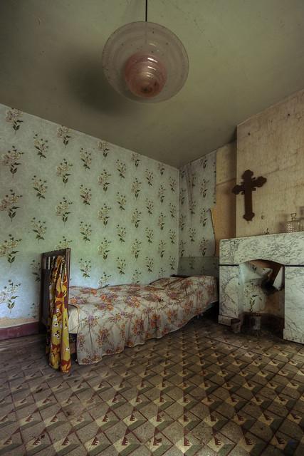 maison m. guest bedroom