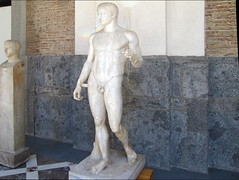 Polykleitos, Doryphoros, left view (profzucker) Tags: greek ancient pompeii naples spearbearer doryphoros thecanon museoarcheologiconazionaledinapoli polykleitos