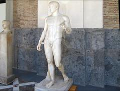 Polykleitos, Doryphoros, left view