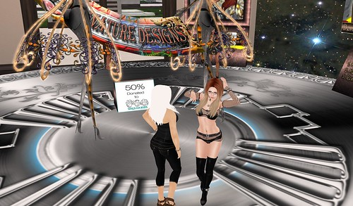 20120722 At the Hair fair with Mistress 9