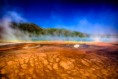 Grand Prismatic Spring - Yellowstone National Park (Davoud D.) Tags: blue mars orange usa hot america landscape nationalpark midwest yellowstonenationalpark yellowstone wyoming ynp alienlandscape grandprismaticspring thermalfeature wyo thermalspring ysnp midwesternus