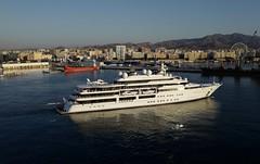 L1010479 (robertlapierre60) Tags: espagne malaga cruiseboat bateau port