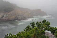 Coastal Inlet in a dream (Edward Mitchell) Tags: shoreacres oregon statepark coast coastal rocks rocky inlet ocean waves fog landscape scenic