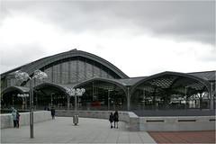 Haubtbahnhof Kln (herman van hulzen) Tags: hermanvanhulzen germany deutschland duitsland cologne kln keulen trainstation haubtbahnhof architecture architectuur people explore