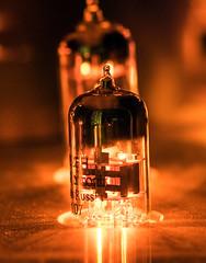 DSC01201 (Ronni Steen Hansen) Tags: sony zeiss 85mm batis glow glowing vacuum tubes amplifer hifi high fidelty amp tac tube company 6922eh electroharmonix