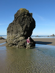 knee deep in the salt water (carolyn_in_oregon) Tags: oregon pacificocean ecolastatepark coast crescentbeach al allie jacob