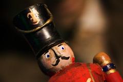El soldadito de plomo... (Marmotuca) Tags: cuartomilenio cuento andersen elsoldaditodeplomo soldado mueco juguete