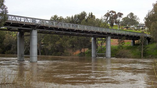 Prince Alfred Bridge (1866) from Gundagai River Caravan Park, Gundagai NSW