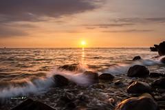~~~ (Simon YEH ) Tags: sunset red summer sky cloud sun seascape beach nature water canon landscape interestingness  taipei     1635mm   550d earthasia mygearandme ringexcellence blinkagain flickrstruereflection1