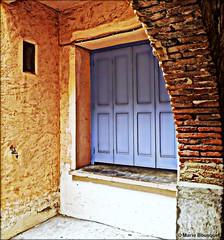 Volets bleus sous arche de briques (bleumarie (absente)) Tags: mfcc photomariebousquet
