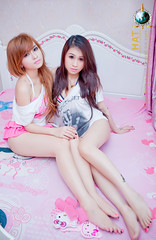 Ch & Em (Hatphoenix) Tags: cute sexy girl beautiful beauty angel asian model asia teen lovely kute hatphoenix