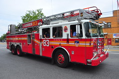 FDNY Ladder 83 (Triborough) Tags: nyc newyorkcity ny newyork firetruck fireengine ladder statenisland fdny seagrave richmondcounty graniteville newyorkcityfiredepartment ladder83
