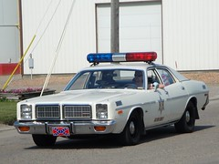 69 Dodge Charger & 77 Dodge Monaco (DVS1mn) Tags: county minnesota 4th july mn kandiyohi prinsburg