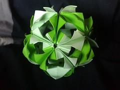 Arabesque Kusudama (miripi photos) Tags: origami arabesque kusudama