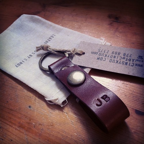 Custom order leather key ring | leather goods by Cindy