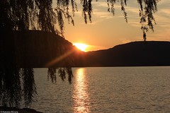 Peekskill Waterfront (MadMartigen) Tags: sunset sun ny newyork mountains nature water river landscape scenery hills valley hudsonriver westchester hudsonvalley peekskill peekskillwaterfront