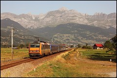 20120821 SNCF 26156 naar St-Gervais-les-Bains (Koen Brouwer) Tags: station saint les train gare lac zug bahnhof nz rails augustus spoor 2012 gervais bains passy sallanches nachtzug nachttrein overweg 5595
