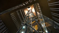 Futuristic lift (Quique CV) Tags: lift elevator tower prague praga praha ascensor futuristic futuristico europe europa 2016 architecture arquitectura ilce5100 sony hss