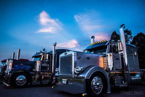 Gooch Trucking Company Inc. Owner Glendon Gooch's 1995 Peterbilt 379,