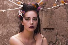 Fotograf-a Retrato (David Valarezo Roca) Tags: retrato creativo exterior desnudo pintura maquillajeartistico virgen luznegra maquillajefosforescente
