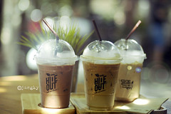 Little hideout (Fairypeary) Tags: coffee chillin cafe beverage ice refreshing light naturallight nikon dslr
