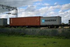 93333 Kingsthorpe 030816 (Dan86401) Tags: 93333 tiph93333 93 kfa freightliner fl intermodal modal container flat wagon freight tiph touax rautaruuki wilsonscrossing kingsthorpe northampton wcml 4l92 maersk triton