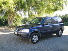 1996 Honda CR-V (russelljsmith) Tags: blue newzealand vacation holiday tree green car honda wheels 1996 nz whit suv blac rood crv 77285mm
