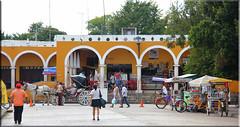 Mxico  Izamal (Galeon Fotografia) Tags: mxico mexico cit yucatan mexique altstadt centrohistorico izamal messico cascoantiguo cittvecchia visitmexico    malerischealtstadt galeonfotografa