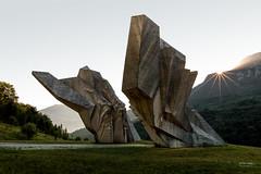 Bosnia - Tjentiste (sadaiche (Peter Franc)) Tags: monument concrete weird bosnia futuristic yugoslavia spomenik baabaablacksheephaveyouanywool tjentiste