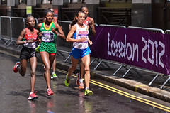 London 2012 Women marathon (Alexandre Moreau | Photography) Tags: road portrait london race photography women photos kenya russia marathon victory effort ethiopia 2012 cheapside london2012 olypics jeptoo gelana wwwalexandremoreauphotocom petrovaarkhipova