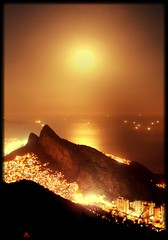 BigMoon in Rio (RioParadiso Studio) Tags: city sunset cidade brazil panorama moon inspiration mountains color nature colors beautiful rio yellow brasil riodejaneiro night de landscape lights golden paradise janeiro natural natureza paisagem aerial copacabana nights ipanema brasilemimagens