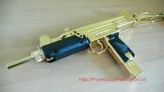 Uzi SMG Gold Plated a (PureGoldPlating) Tags: goldplated goldplating explosivedevices goldguns goldplatedfirearms goldplatedgrenades goldexplosives goldplatedweapons